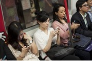 TNS:调查显示六成中国城市居民拥有智能手机