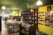 生存日益艰难 宁波市区最大个体民营书店谋转型