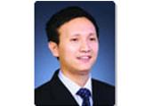 """""""书香中国""""上海周八月好书大推荐·贺小勇书单:正义的成本:当法律遇上经济学"""