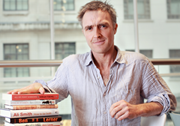 2015年弗里奥英语小说奖发布候选名单