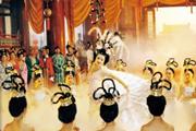 她给《唐明皇》《杨贵妃》《武则天》《大明宫传奇》做化妆师