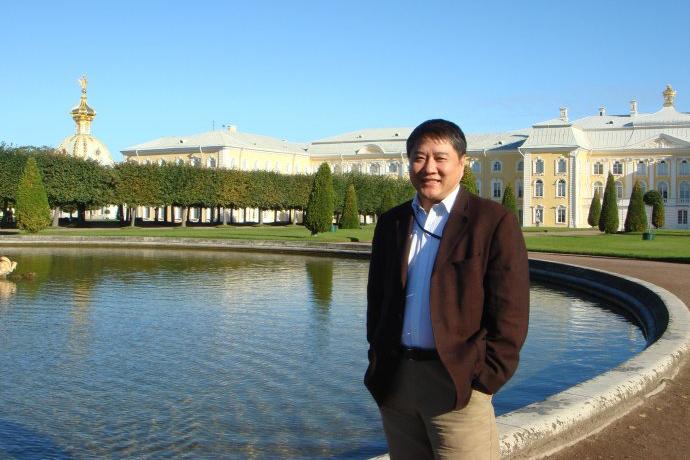 俞晓群:新万有,廿年的记忆