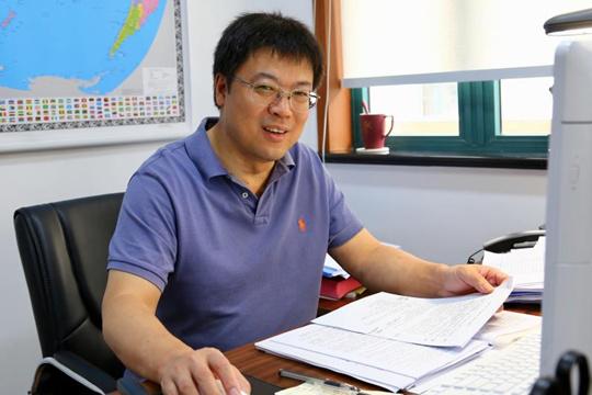 缪宏才调任上海教育出版社社长兼总编辑