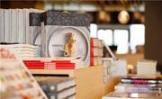 京东图书文娱发布女性购书报告:女性购书越来越集中于童书、文教书、文学书三大品类