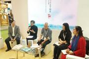 """海峡两岸学者与曹文轩深度对谈""""上海书展"""