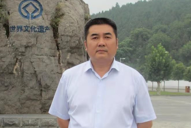 一干22年,他看书店越来越好!——百道网专访年度店长刘正坦
