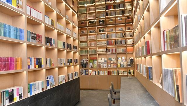 """书店如何打造""""文化+""""新型文化创意阅读空间?——""""中版书房""""分享经验"""