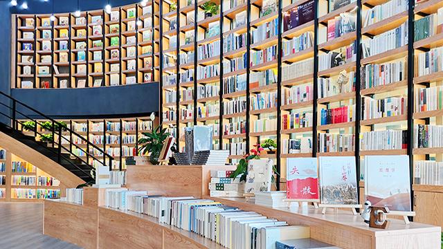 从自嗨到抓痛点,解决书店根本矛盾的关键点在店员