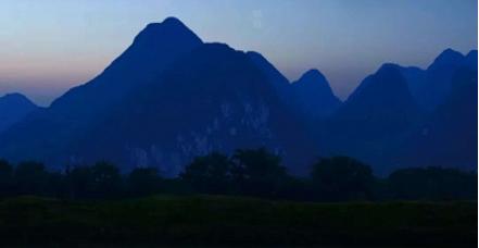 王蒙漓江之夜:用文学与音乐,邀您赴一场青春之约