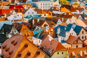 """踏上""""欧洲明珠""""的土地,探寻捷克的国情与文化"""