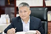 【佘江涛专栏】结构、简约、中庸地面对世界