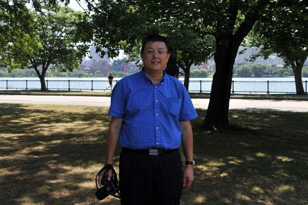 天津人民出版社社长黄沛:让地方方言词典的出版发出声音