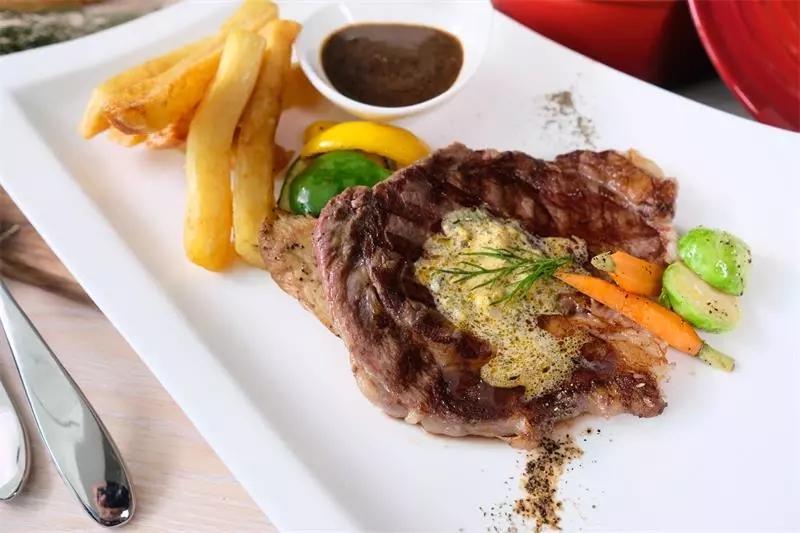 澳洲肉眼牛排  图片来源:研香咖啡和研香欧式餐厅