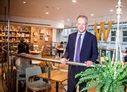 世界最大书店CEO当特对实体书店未来依然审慎乐观