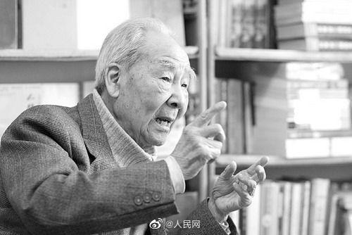 诗译英法唯一人:百岁翻译家许渊冲译著书单